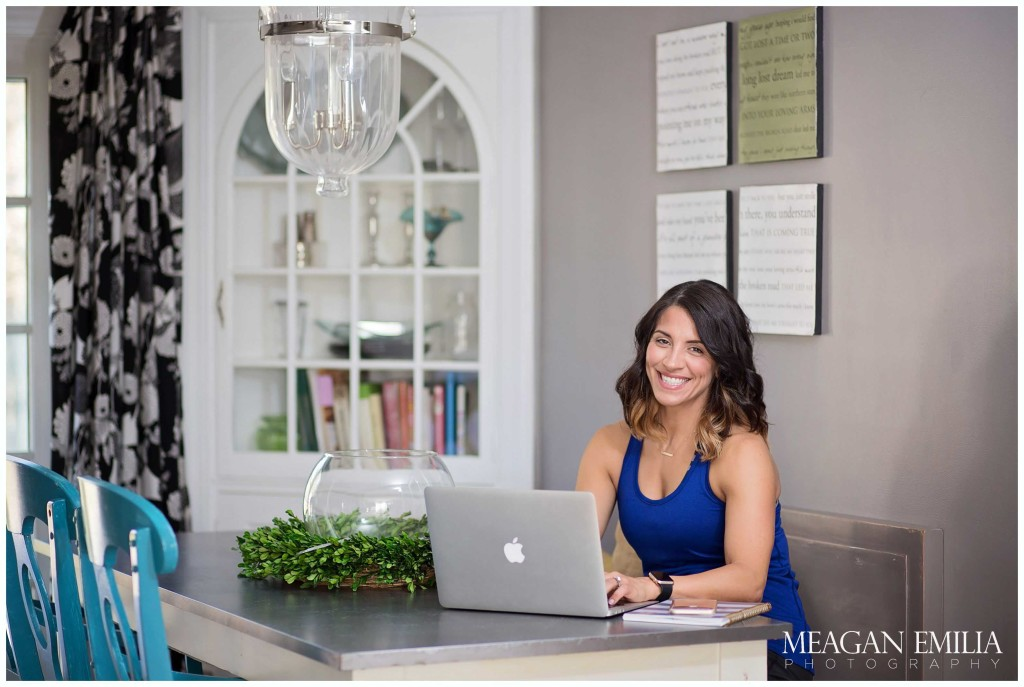 Lifestyle and branding images of Tara Bialek - 15 Star Diamond Elite Beachbody Coach, nutritionist, owner and creator of The Fit Project, and mother of 3.